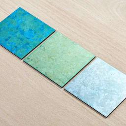 HAKU LA TABLE(ハク ラ ターブル)コースター1枚 写真右:(イ)ライトブルー系 写真左:(ア)ブルー系 写真中央:(ウ)ライトグリーン系