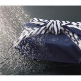 朝倉染布 濡れないはっ水風呂敷 (96×96cm) マリンボーダー 写真