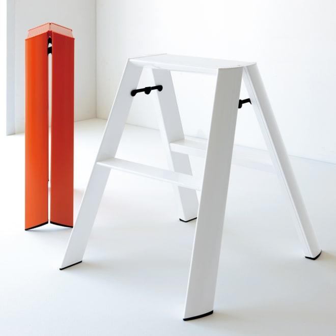 METAPHYS/メタフィス アルミステップ ルカーノ 小(2段タイプ) 左から オレンジ、ホワイト