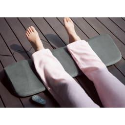 足枕 快眠エクスプレス 単品カバー 違和感の少ない絶妙な高さに設定。振動とヒーター機能がついているので、心地良い温もりで快眠をサポート。※本体は別売りです。