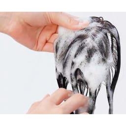 アートネイチャー 「さらフィットウィッグ」 お手持ちのシャンプーで手洗いできるから清潔。水またはぬるま湯でやさしく手洗いしてください。