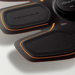 SIXPAD/シックスパッド Body Fit(ボディフィット) 1個 ソフトシリコン もう一枚の皮膚のような薄さと、カラダのラインにフィットする柔らかさを実現。(画像はAbs Fitのものです)