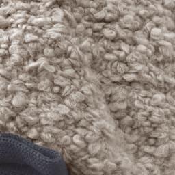オールマイティハンサムハット アルパカ混ニット帽 アルパカは弾力があり柔らかい素材。その風合いを生かしたループ糸を採用。
