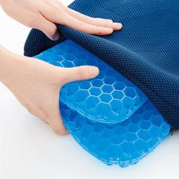 Wゲルクッション ハネナイト(R) ネイビー お得な2個組 取り外しできて洗濯できるカバー付