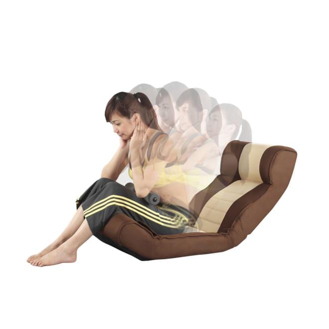 腹筋らくらく座椅子 脚押さえのバー付きで、腹筋運動が簡単に