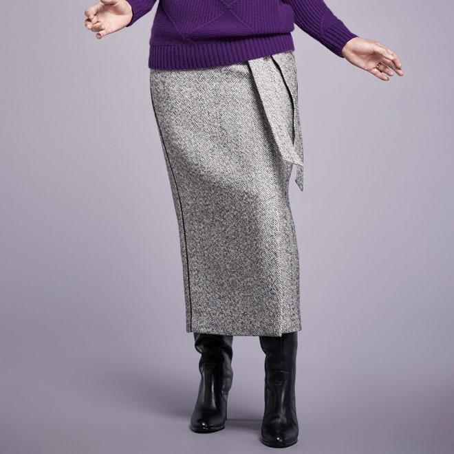 ヘリンボーンツイード ロングタイトスカート 着用例