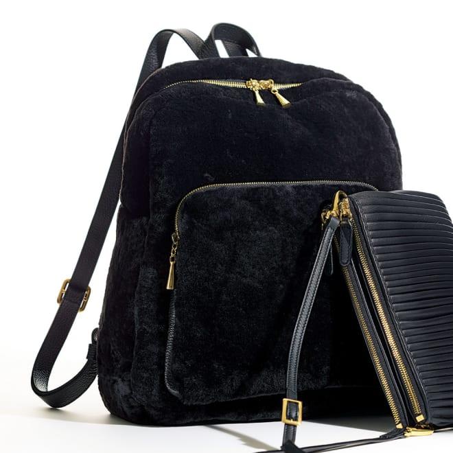 NUOVA STELLA/ヌォヴァステラ ムートン リュック(イタリア製) ※手前に重なっているバッグは別売りです。