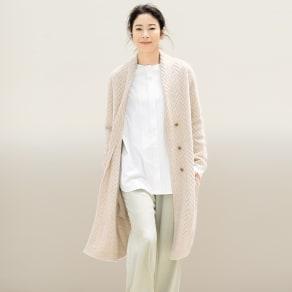 ヌーヴォーカシミヤ ヘリンボーン柄編み コート 写真