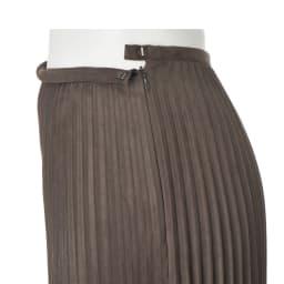 フェイクスエード 変形テーパード型 プリーツスカート
