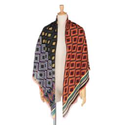 イタリア カネパ社製 幾何学柄スカーフ