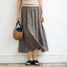 シルク バックサテン フラワープリント スカート