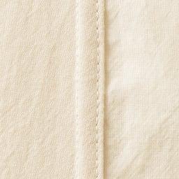オーガニックコットン シャツパジャマ 内側の縫い代はフラットに仕上げています・