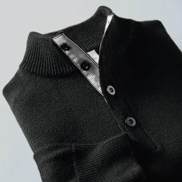 布帛使いハイネック ニットプルオーバー (イ)ブラック