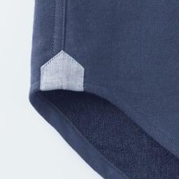 SCENE(R) 今治タオルシャツ 裾の前身頃と後身頃を縫い合わせる部分はガゼットを付けて補強。デザインポイントにも◎。