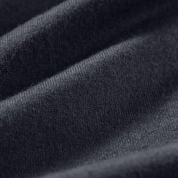 スッキリ袖リブドレスTシャツ 1枚で着ても透けにくい ほどよい厚みがあって1枚で着られるので、インナーはもちろん、トップスとしても活躍。