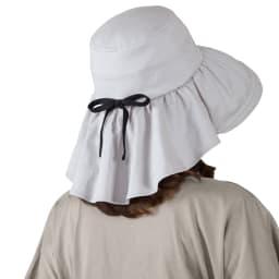 UVケープ付帽子 ~襟足美人~ 2色セット グレー バックスタイル おしゃれなリボンモチーフ ケープ部分はドレープでエレガントな印象に
