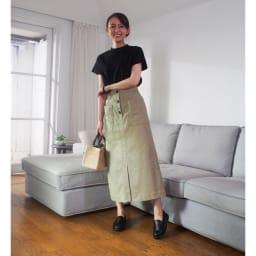 ラックラック空飛ぶ 山羊革ローファー【撥水タイプ】 (イ)ブラック…装いを選ばず、さまざまなシーンで使える定番ブラック。きちんと感があるので1足あると本当に便利!スカートと合わせて女性らしく。カチッとしたスタイルだけでなくエレガントにも楽しめます。