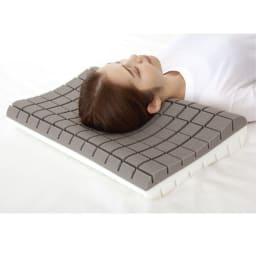 お医者さんの(R)3Dプレミアム枕 枕+カバー1枚付き ※商品の特徴がわかりやすいようにカバーを外しています