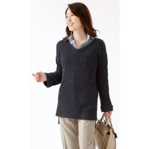 ゆったり軽やかVネックセーター(2色組) 写真