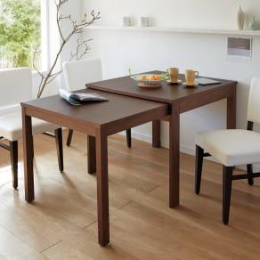 NobuII 伸長式スライディングテーブル ウォルナット材ダイニングテーブル 正方形幅85~143.5cm 写真