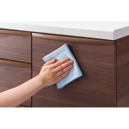 お手入れ簡単ナチュラル高機能シリーズ カウンター 幅140cm 水拭き可能なオレフィンシートの表面材で、キレイが長持ち。