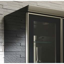 ラグジュアリー壁面サイドキャビネット40右開き<パモウナ VD-400R> ◎ダイヤモンドハイグロス キズ汚れに強く、いつまでも美しい光沢を保持します。