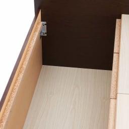 間仕切り仕様 大容量収納チェストベッド フレームのみ ベッドの床板下には長物が収納できる収納庫付き。化粧仕上げの底板があり、収納物を大切に守ります。