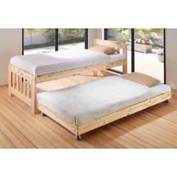 ひのきが香る天然木 親子すのこベッド 上下段親子ベッド ベッドマットレスをのせた時のイメージです。