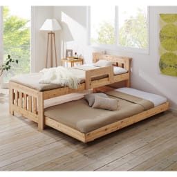 ひのきが香る天然木 親子すのこベッド 上下段親子ベッド 使用イメージ ※お届けはフレームのみです。