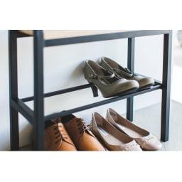 tower/タワー 立ちやすいベンチシューズラック 高さのあるヒール靴も収納できます