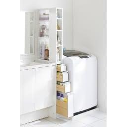 収納物が取り出しやすい3面オープンすき間収納庫 幅15cm 幅15cmのすき間にも設置できます。