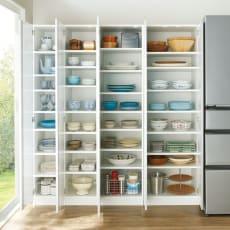 食器に合わせて選べる食器棚 幅55cm奥行42cm高さ180cm 写真