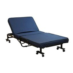 組立不要 低反発ウレタン入り電動リクライニングベッド ネイビー しっかりとした寝心地が得られるマットレスをセットしました。