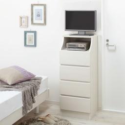 組立簡単チェスト4段 幅44高さ112cm 16Vのテレビ台としてもOK。