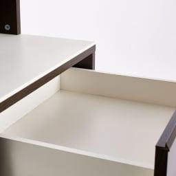 Gaelio/ガエリオ 人工大理石天板 キッチンすき間収納 幅25cm奥行45cm高さ170cm 引き出し内部は白くてきれいな化粧仕上げ。