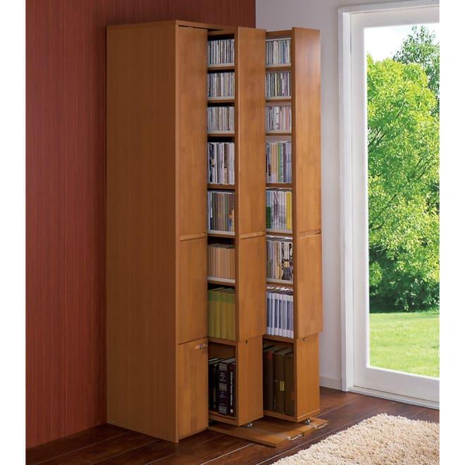 本格派 スライド収納書棚 AV収納庫 3列 幅64cm(コミック・文庫本・CD・DVD対応) コーディネート例:(イ)ナチュラル 図書館のような憧れの閉架書庫をご自宅に。