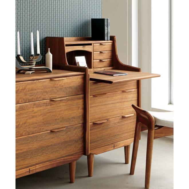 EDDA/エッダ リビングシリーズ ライティングビューロー(机) 北欧ヴィンテージ家具を踏襲した本格派デザイン。