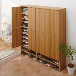 靴が出し入れしやすい下段オープンシューズボックス 扉ハイ・幅75.5cm 天板も美しく化粧を施しております。
