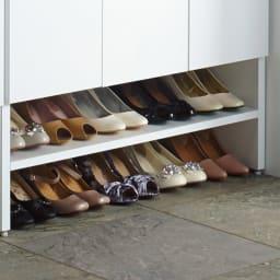 靴が出し入れしやすい下段オープンシューズボックス 扉ハイ・幅75.5cm 普段履きの靴もぎっしり収納!