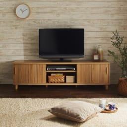 北欧風脚付き引き戸テレビボード 幅180cm (ア)ナチュラル ※写真は幅150cmタイプです。