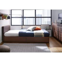 ウォルナット格子調ベッド フレームのみ ショート丈(長さ194cm) [コーディネート例] ※販売はフレームのみです。 ※写真はレギュラー幅100cmタイプです。