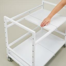 押し入れやクローゼットが使いやすくなる幅伸縮頑丈ワゴン 奥行79cm 天板はスライド式。背の高いものも収納可能。