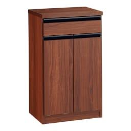 Gamlin/ガムリン 家具調ダストボックス 2分別 本体はウォルナット柄の化粧シートを使用した家具調のデザイン。ごみ箱ペール2個付き