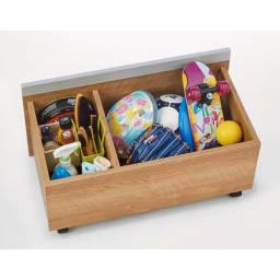玄関が片付くワゴン付きシューズボックス 幅90cm ワゴンは耐荷重10kgの頑丈さ!収納物に合わせて可動する仕切り板1枚付き。外遊び用のおもちゃやシューズケア用品の収納に。