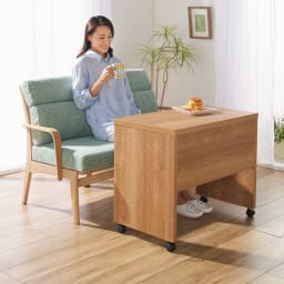 リビングテーブルワゴン 幅120cm コーディネート例(ア)ブラウン ※写真は幅75cmタイプです。