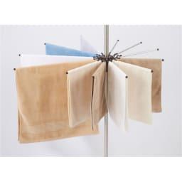 突っ張り物干し タオル干しに便利なパラソル付き。(ショート×8、ロング×4本)
