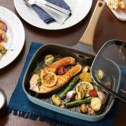 Toffy/トフィー スモークレスグリルパン 魚焼きグリル フライパン 魚はもちろんお肉の煙・匂いもカットします。