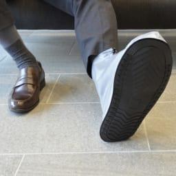 シューズ カバー  男女兼用  携帯用ケース付 足裏は全面滑り止め仕様
