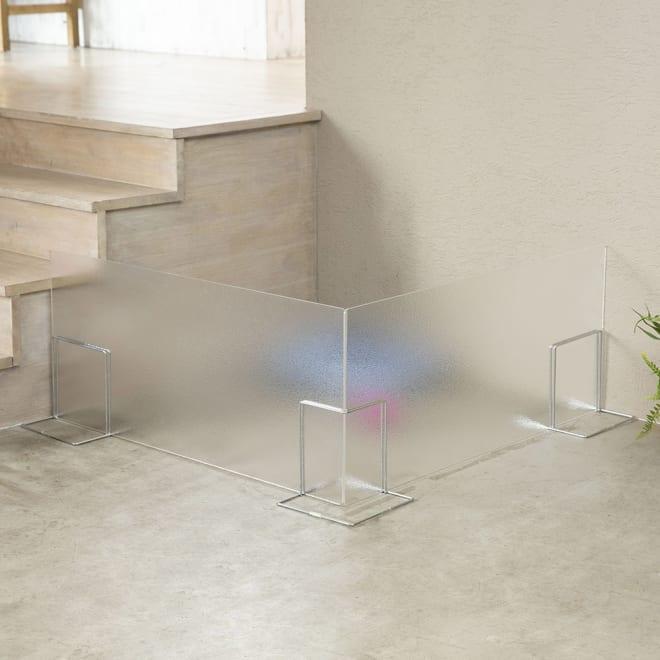 アクリル製ペットゲート 高さ40.5cm すりガラス お得な2枚組(コーナー兼用)