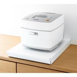 炊飯器下スライドトレー (ア)ホワイト 収納時コンパクト。